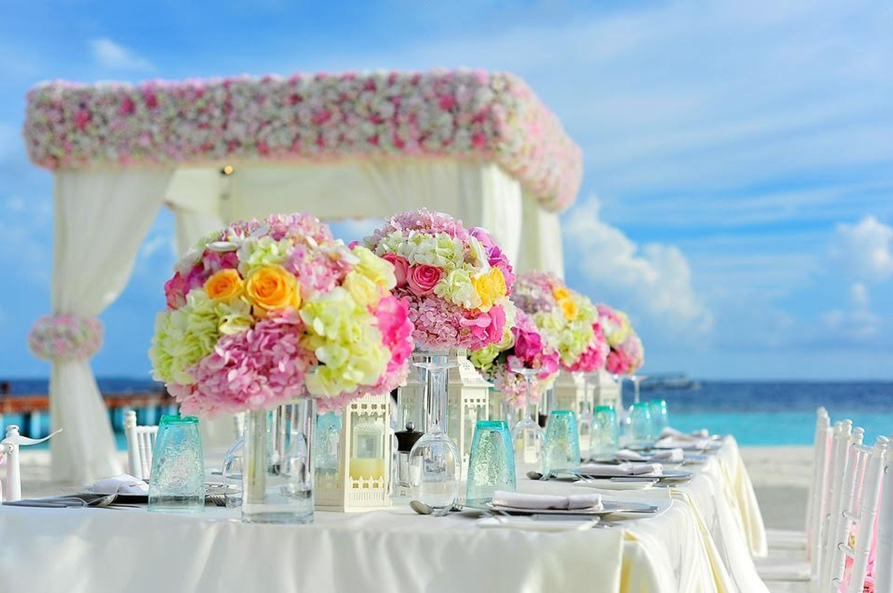 Where to Go for Floral Summer Wedding Inspiration