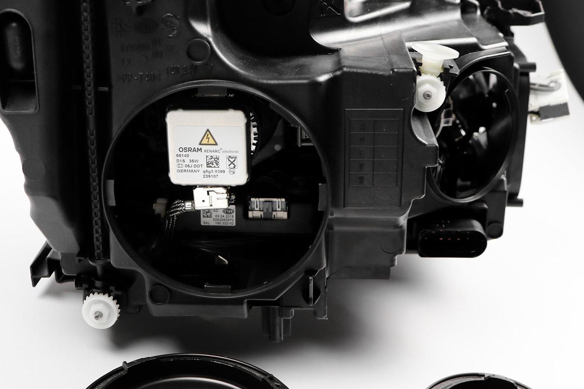 Headlight left Bi-xenon LED DRL AFS ILS Mercedes Benz A Class W176 12-15