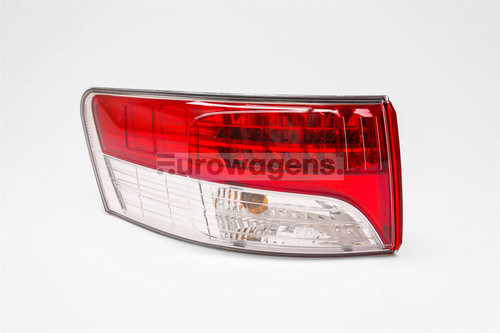 Rear outer light left LED Toyota Avensis 09-11 Saloon
