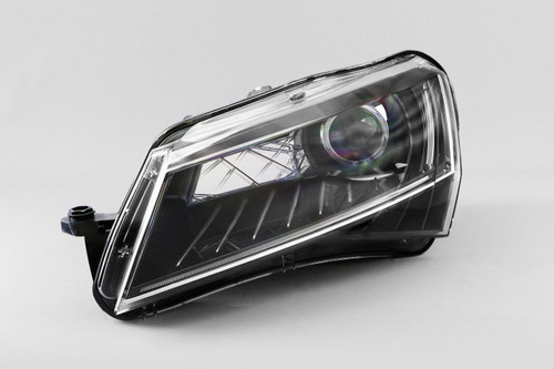 Headlight left bi-xenon LED DRL with AFS Skoda Superb 15-17