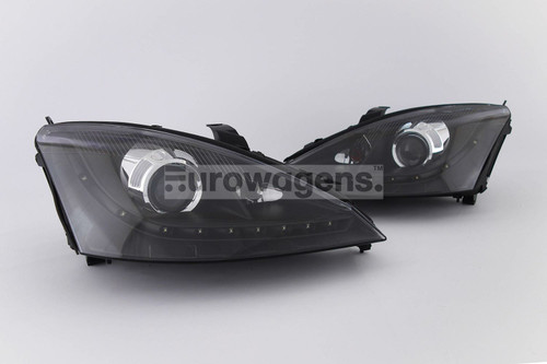 Headlights set black projector LED DRL Ford Focus 01-04
