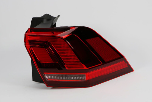 Rear light right red LED VW Tiguan 16-18