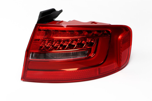 Rear light right LED Audi A4 B8 12-15 Saloon