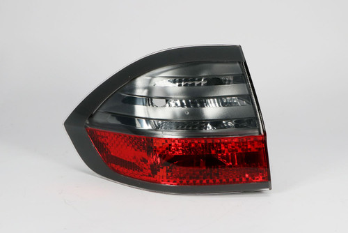 Rear light left outer Ford S-Max 06-09