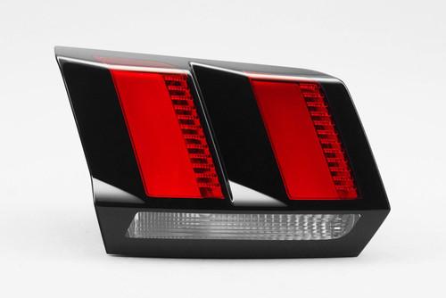 Rear light left inner LED Peugeot 3008 17-
