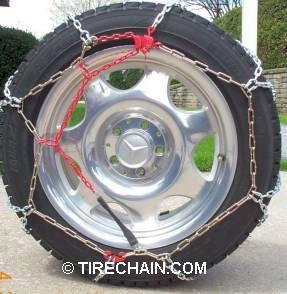 Diamond tire chains rear