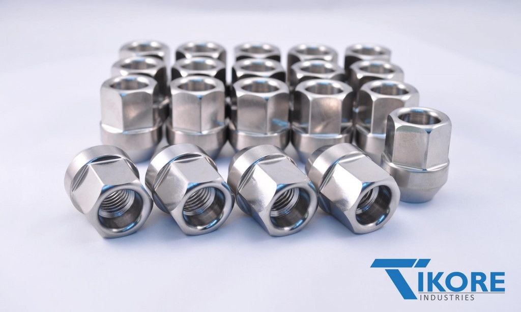 Lexus Titanium Open Ended Lug Nut Set