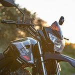 Lexmoto Assault 125 motorbike in black from Superbike Factory
