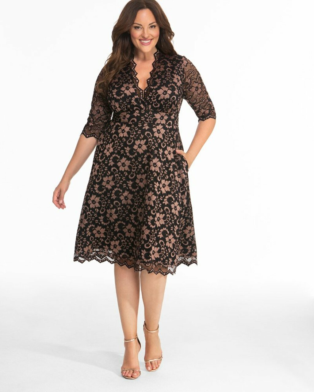 Kiyonna Women\'s Plus Size Mon Cherie Lace Dress~Black/Gold*1180906