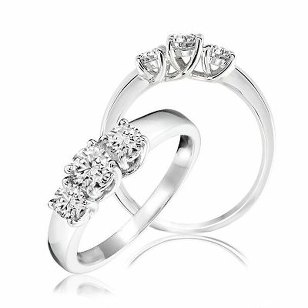 3-Stone Diamond Ring-2506659