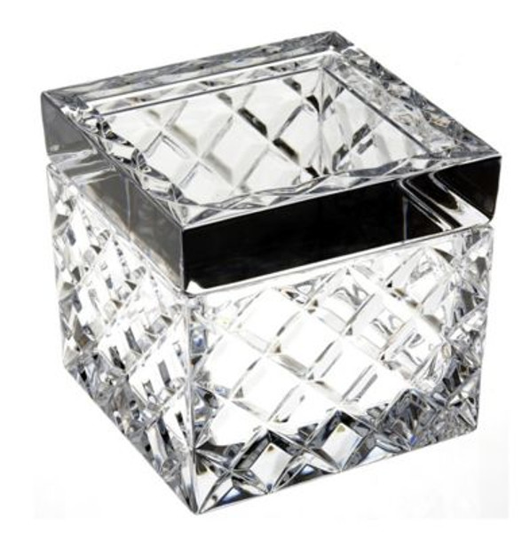 Covered Box-3362469