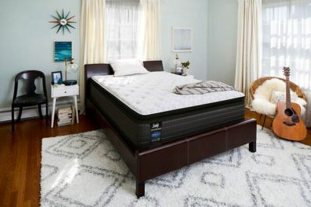Response Performance Plush Pillowtop Mattress with High Profile Foundation - California King  -3783587