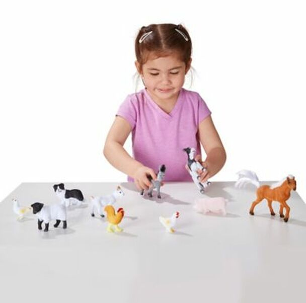 Farm Friends - 10 Collectible Farm Animals-3931169