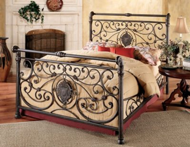 Mercer California King Bed Set with Rails-4053332