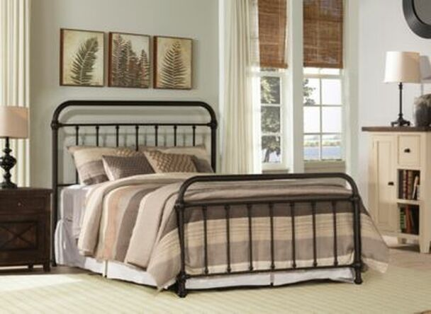 Kirkland Queen Bed Set with Frame -4053903