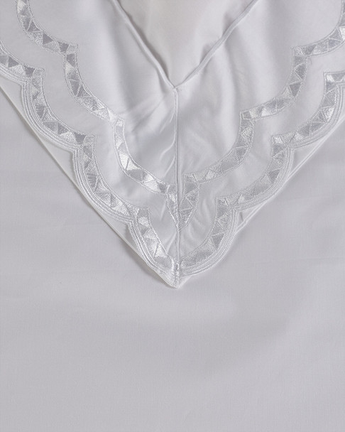 Maurizio Italy Double Scallop Embroidered Duvet Set~3030897982