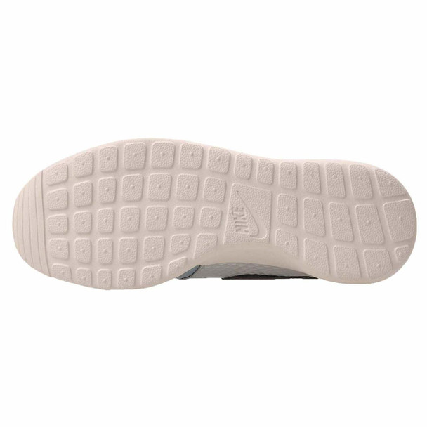 Nike Womens Roshe One LX Low Top Lace Up Running Sneaker~pp-8dbf520d