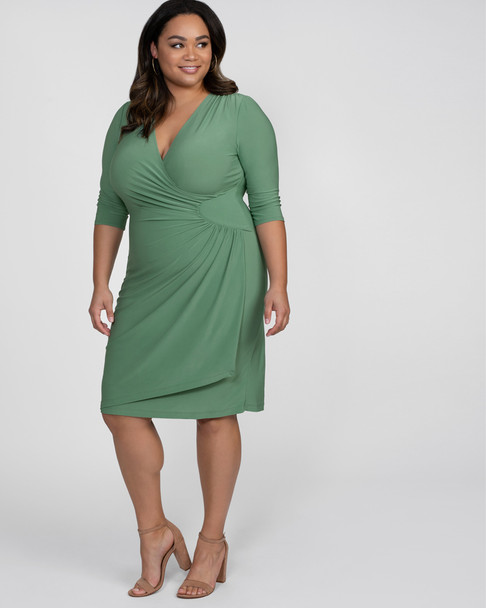 Kiyonna Women's Plus Size Ciara Cinch Dress~Green/Sage*13122201