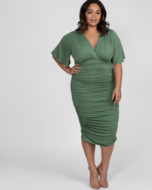 Kiyonna Women's Plus Size Rumor Ruched Dress~Green*13121806