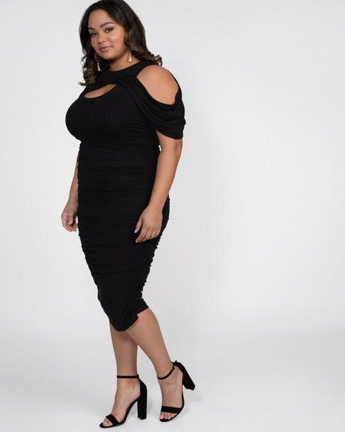 Kiyonna Women's Plus Size Bianca Ruched Dress~Black*15161802