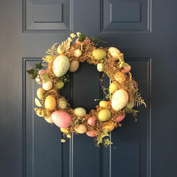 Living Quarters Christmas Door Ornament eggs