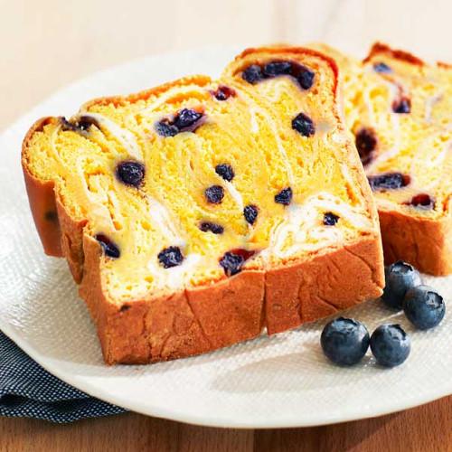 Lemon Blueberry Cream Cheese Lifestyle