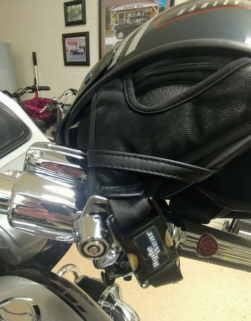 2001-C, Lidlox Helmet Lock Single for Harley Davidson, Chrome.