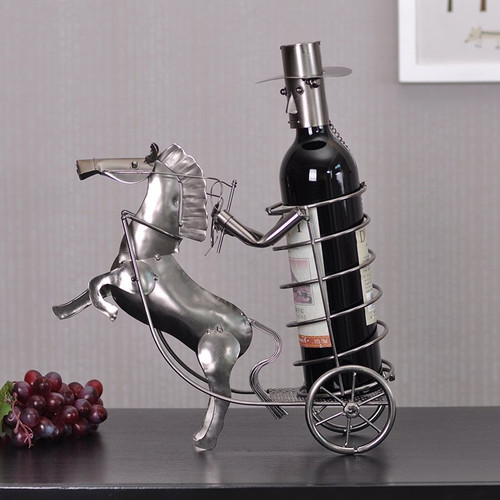 Creative Gentleman Carriage Decorative Wine Rack
