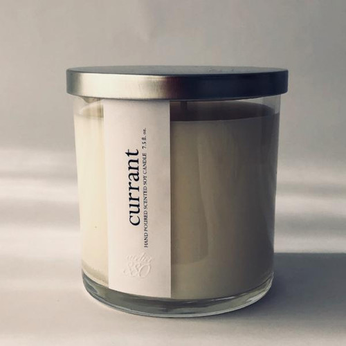 Currant scented luxury soy candle