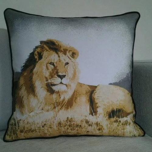 Decorative throw Pillow cover, animal print cushion cover (Maasai
