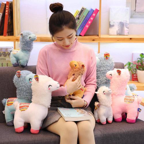 Alpaca pillow doll
