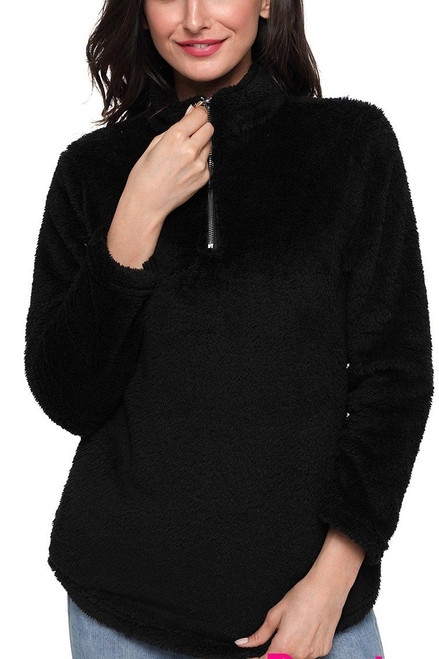 Women's Black Zipped Pullover Fleece Outfit