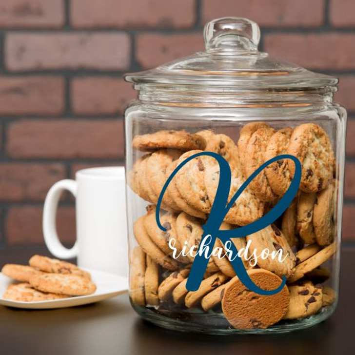 Personalized Glass Cookie Jar has family last name and initial