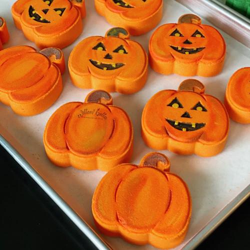 Halloween Jack-o-lantern Pumpkin Bath Bomb