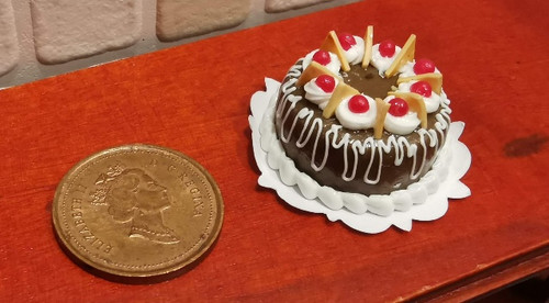 1/12 Scale Fancy Decorated Cake -Chocolate Drizzle