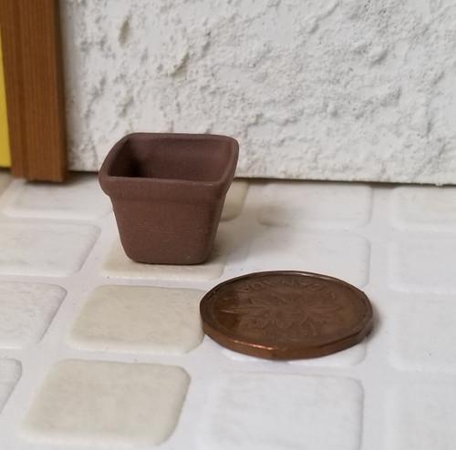 Small Square Dark Clay Planter -