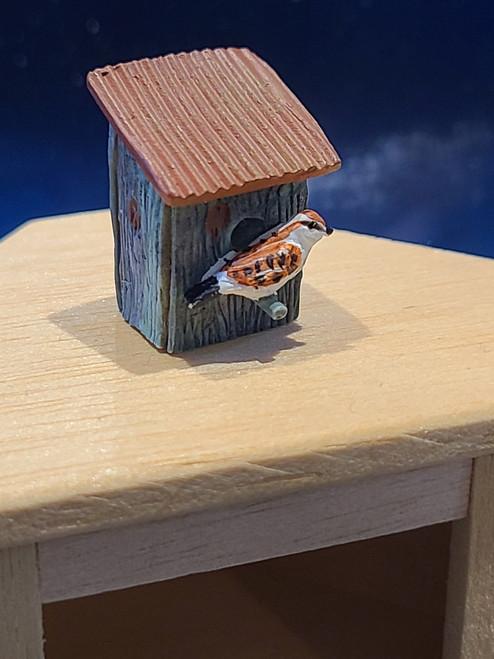 Miniature Resin Sloped Roof Birdhouse