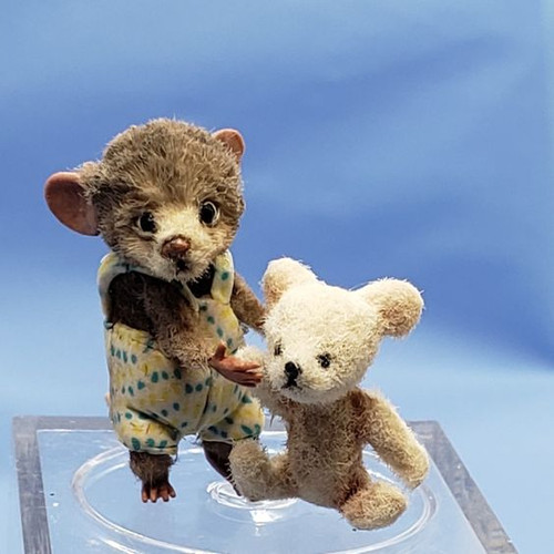 """Aleah Klay Character - Mouse with Heavy Bear(7/8"""" tall)"""