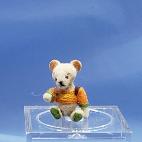 """Aleah Klay Character - Tiny Bear in Sweater (1/2"""" tall)"""