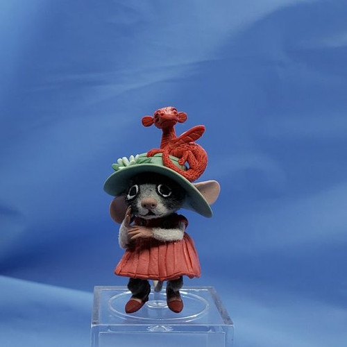 """Aleah Klay Character - Mouse with Dragon Hat(1 3/4"""" tall)"""