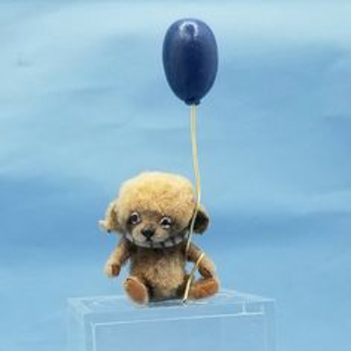 """Aleah Klay Character -Mouse with Balloon(1 3/4"""" tall, including balloon)"""