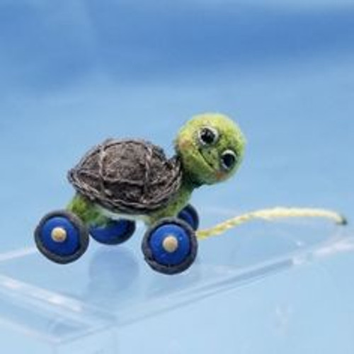"""Aleah Klay Character - Turtle Pull Toy (5/8"""" tall)"""