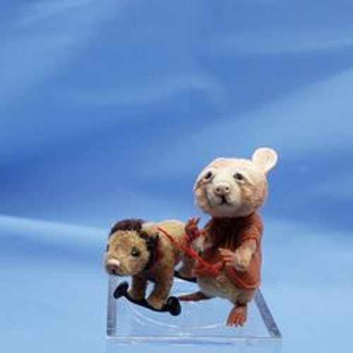 """Aleah Klay Character - Mouse with Lion Toy (1"""" tall)"""