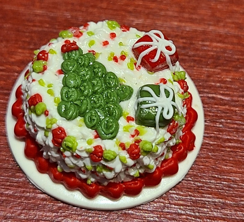 1/12 Scale Fancy Decorated Cake -Round Christmas Cake