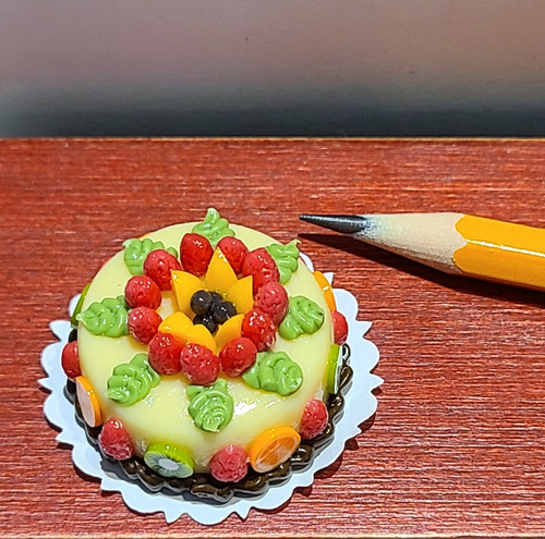 """1/12 Scale Fancy Decorated Cake -1 1/4"""" Round Cake"""