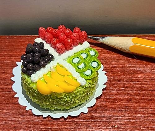 "1/12 Scale Fancy Decorated Cake -1 1/4"" Round Fruit Cake"