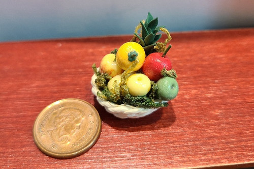 Basket of Fruit - 1/12 Scale
