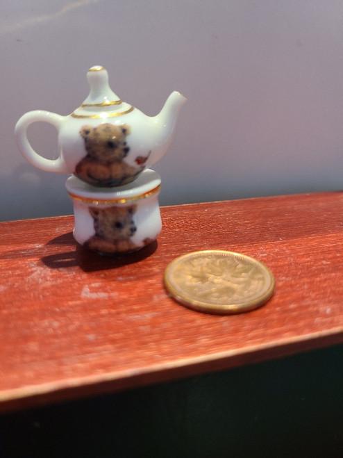 Teddy Tea Pot & Warmer- 1/12 Scale