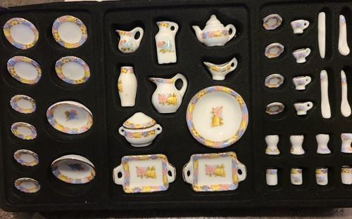 1/12 Scale 42 pc. Porcelain Dish Set
