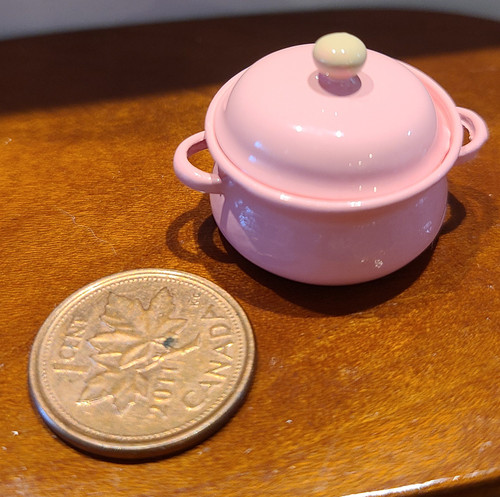 1/12 Scale Miniature Pink Cooking Pot